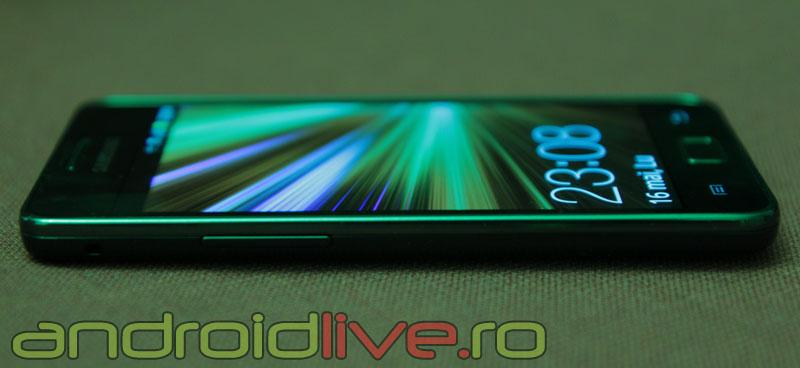 Samsung Galaxy S II - Muchie subtire