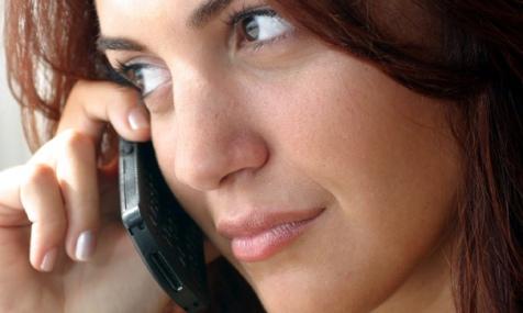 Fata cu telefon