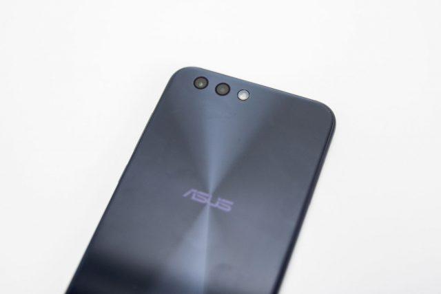 ASUS ZenFone 4 ZE554KL